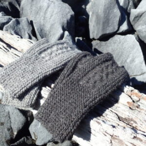 New-Zealand canaan woolshed yarn wool kit knitting mitts Gotland