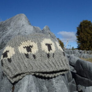 New-Zealand canaan woolshed wool gotmand sheep beanie Handknitted